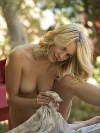 Sexy Blonde Blake Bartelli Gets Naked 19