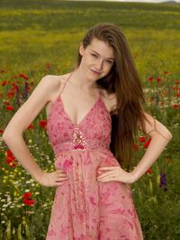 Emily Bloom In Grimas 01