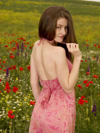 Emily Bloom In Grimas 02