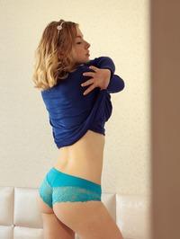 Daniel Sea Showing Her Tits 15