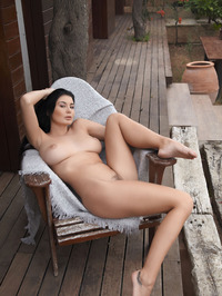 Lucy Li Naked Outdoors 00