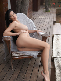 Lucy Li Naked Outdoors 07