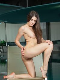 Vanda Strips Off Her Sexy Black Bikini 20