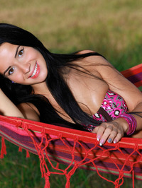 Sexy Naked Young Girl Lola Marron 00