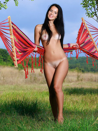 Sexy Naked Young Girl Lola Marron 12