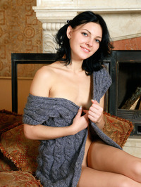 Sexy Perky Tited Russian Babe Florina 00