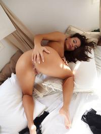 Vanessa Decker filled with desire 20