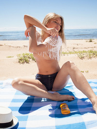 On the beach with hipster Tempe, Latvia's gorgeous blonde babe 02