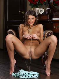 Tanned beauty Melena A looks stunningly cute 08