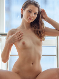 Nurra Poses Nude By The Window 04