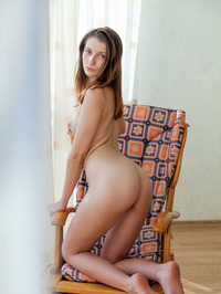Nurra Poses Nude By The Window 06