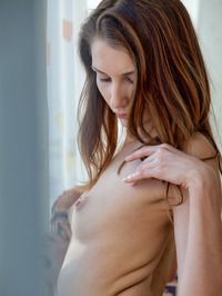Nurra Poses Nude By The Window 07