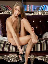Blonde Beauty Katherine Spreads Her Sexy Long Legs 08