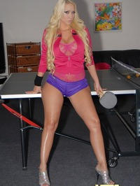 Molly Cavalli Pingpong pussy 00