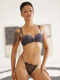 Hot Tattooed Ebony Babe 00