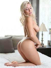 Busty Blonde Kylie Page Strips Off Her Sexy Lingerie 04