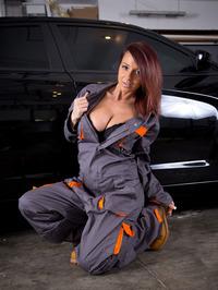 Nikki Sims The Mechanic 00