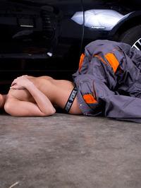 Nikki Sims The Mechanic 01