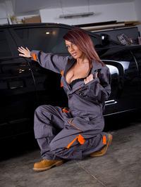 Nikki Sims The Mechanic 07