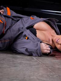 Nikki Sims The Mechanic 09