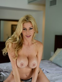 Stunning MILF Alexis Fawx Gets Nude On A Bed 06