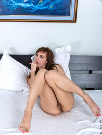Sexy Aria Bella Spreads Her Pussy Wide 17
