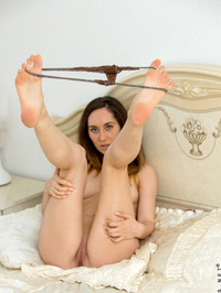 Sabrine Gently Fondled Her Pussy 04