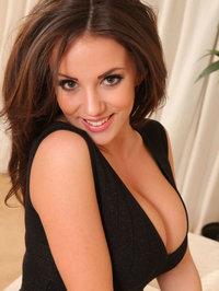Hot Brunette Rachel Showing Her Boobs 13