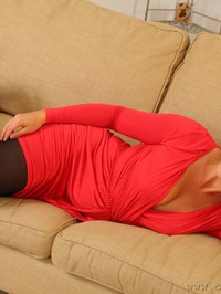 Emma Jones The Lady In Red 02