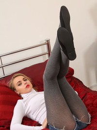 Chloe Toy Showing Hot Ass In Pantyhose 03