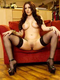 Daisy Cruz Sexy Lingerie And Stockings 09