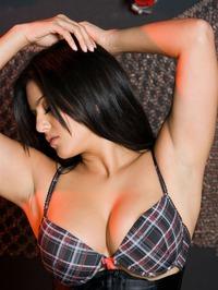 Sunny Leone Strips Off Her Lingerie 03
