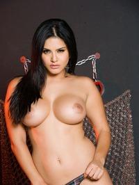 Sunny Leone Strips Off Her Lingerie 15