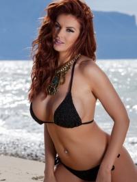 Tommie Jo Strips Off Her Sexy Bikini 00
