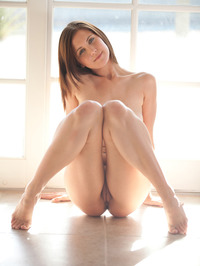 Chrissy Marie Displays All Natural Body 12