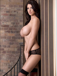 Alice Goodwin Whopping 32Gs 07