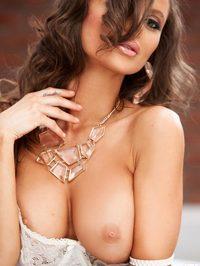 Dana Harem Exposing Her Sexy Curves 03