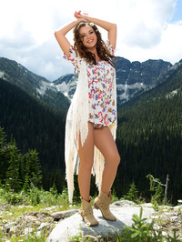 Ashleigh Rae In The Nature 00