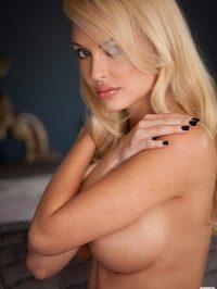 Shera Bechard stunning body 09