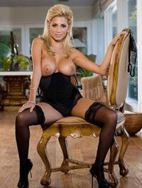 Krystal Lorrie Looks Hot In Black Lingerie 05