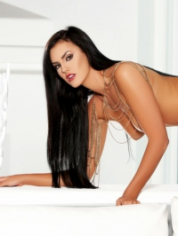 Ashleigh Hannah In Come And Get It 16