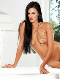 Ashleigh Hannah In Come And Get It 17