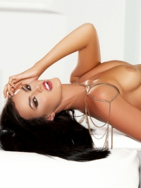 Ashleigh Hannah In Come And Get It 19