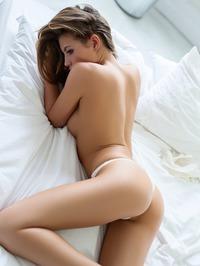 Katia Martin Wakes Up Horny 05