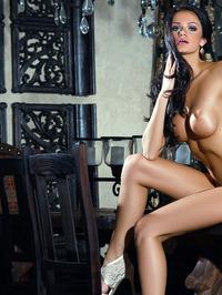 Victoria Barrett Poses Nude 13