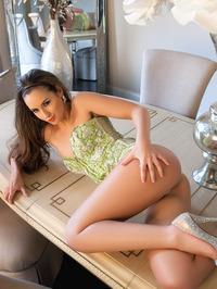 Kylie Cupcake Morgan Hot Brunette Babe 00