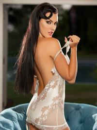 Gorgeous Ashleigh Hannah Posing Naked 00