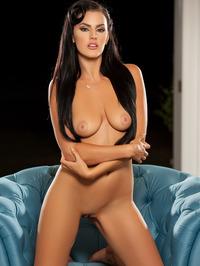 Gorgeous Ashleigh Hannah Posing Naked 15