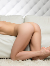 Playboy Glamour Babe Daniela 19