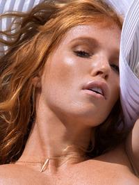 Big Tittied Elizabeth Ostrander Naked 02